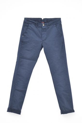 A17P001    0002 CHINOS Blue