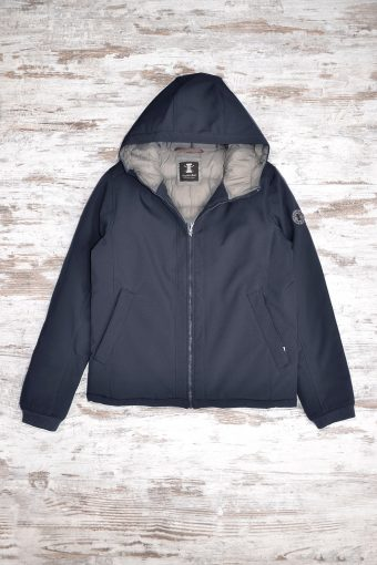 A18J006    0002 PERFORMANCE 3L JKT - 100% NY Blue