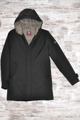 A18J018    0090 PERFORMANCE 3L JKT - 100% NY Black