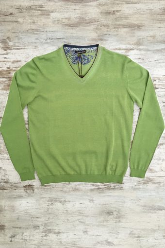 S19M002    0021 SWEATER V-NECK BASIC - 100%CO Kiwi - Light Green