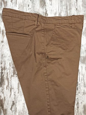 S21P001    0075 CHINOS PILOT BASIC - 98%CO 2%EA Cocco