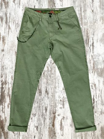 S21P004    0097 CHINOS AOP4 - 98%CO 2%EA Oil Green