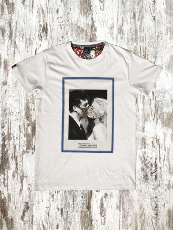 S21T005    0050 T-SHIRT KISS - 100%CO Optical White